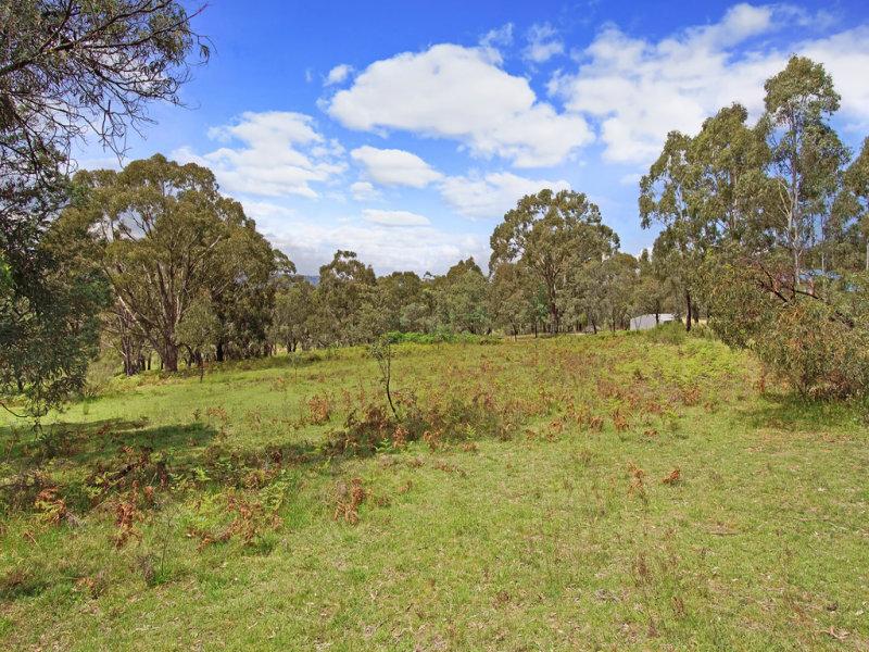 5 Hat Hill Lane, Meadow Flat, NSW 2795