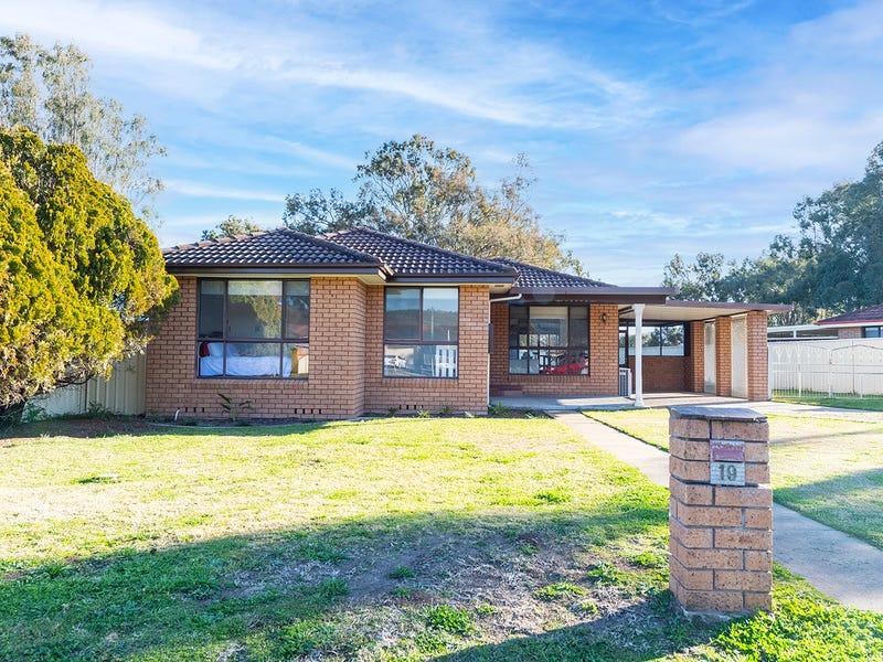 19 Nyarra Street, Scone, NSW 2337