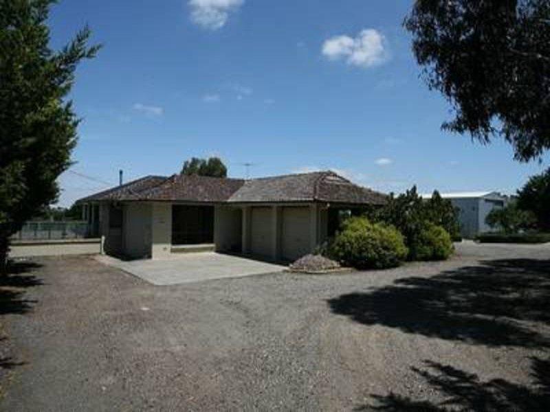 319 Millett Road, Gisborne South, Vic 3437