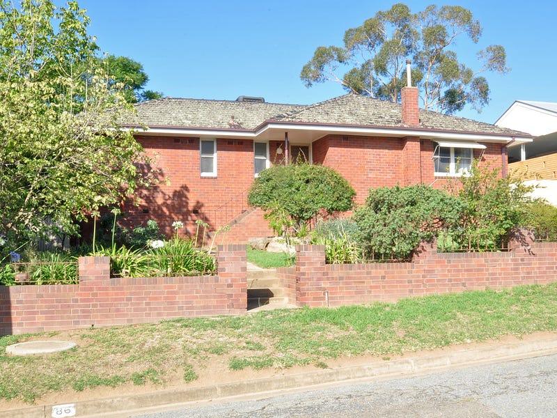 86 Gundagai Road, Junee, NSW 2663