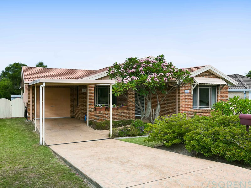 15 Timbara Crescent, Blue Haven, NSW 2262