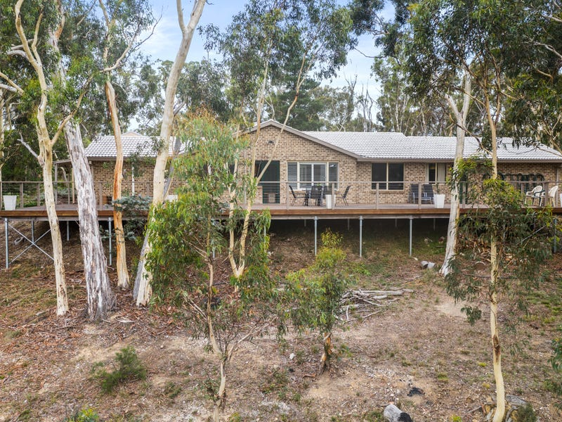 17 Scribbly Gum Avenue, Tallong, NSW 2579