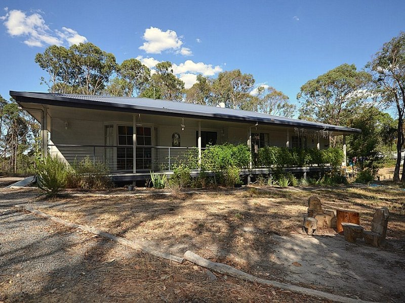 20 Cochrane Drive, Snake Valley, Vic 3351