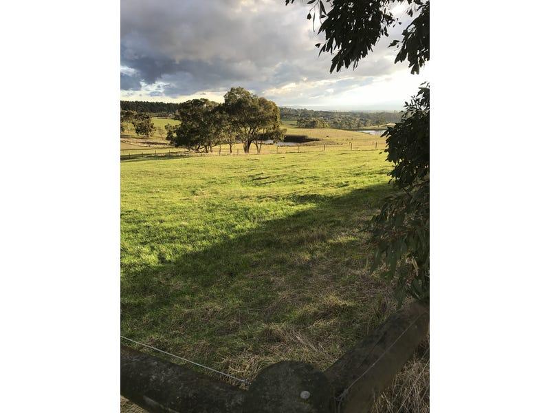6 Hazelwood Ridge East, Hazelwood North, Vic 3840