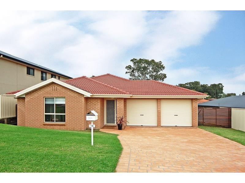 16 Royal Street, Worrigee, NSW 2540