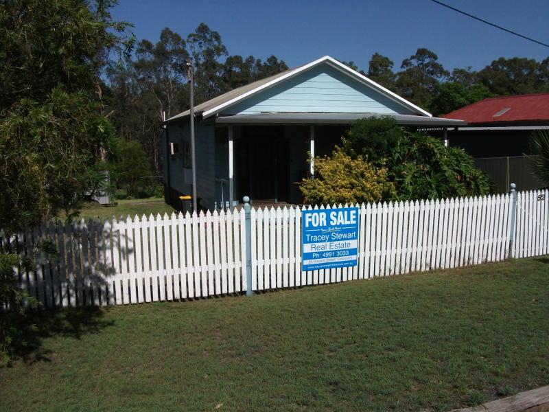 52 Ellalong   Road, Pelton, NSW 2325