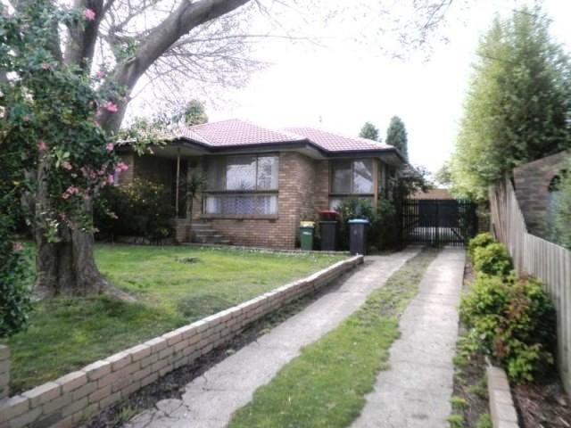 14 Bamba Court, Scoresby, Vic 3179