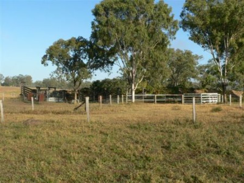 220  Golf Links road, Monto, Qld 4630