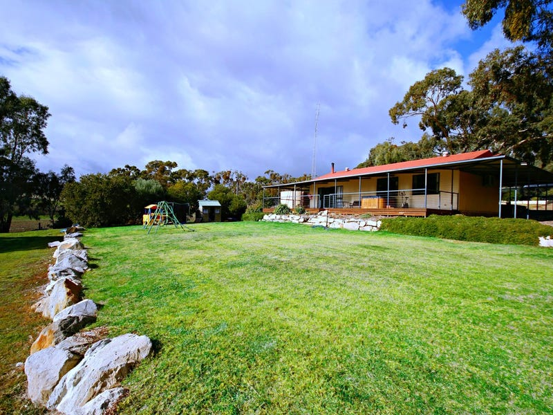 118 Hubbe Road, Clare