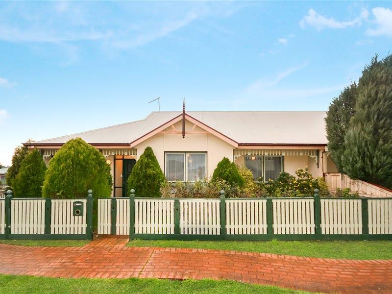 14 Balmoral Drive, Ballarat East, Vic 3350