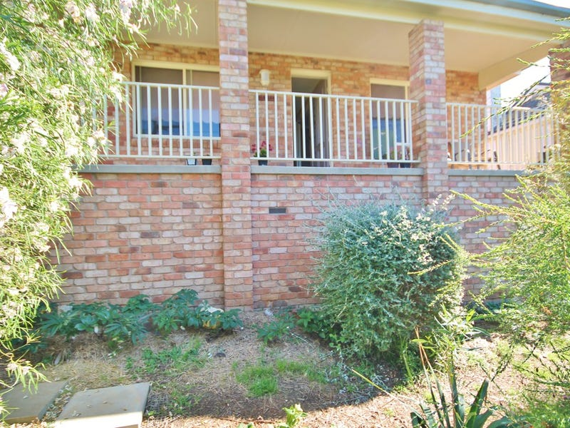 81 Brock Street, Young, NSW 2594