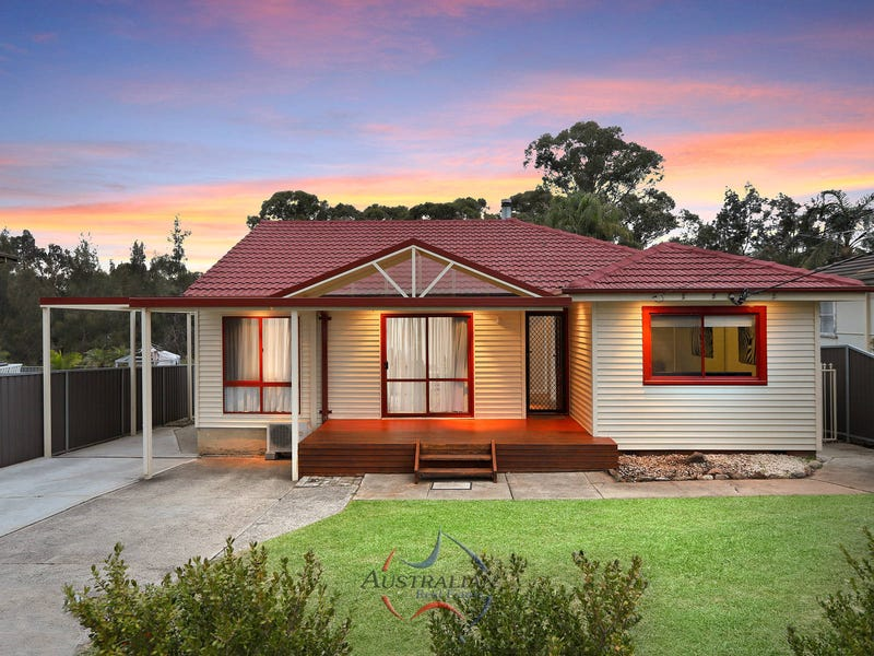9 The Crescent, Toongabbie, NSW 2146