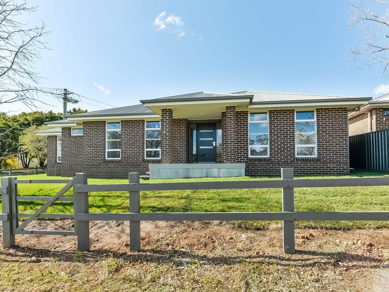 54 Struan Street, Tahmoor, NSW 2573