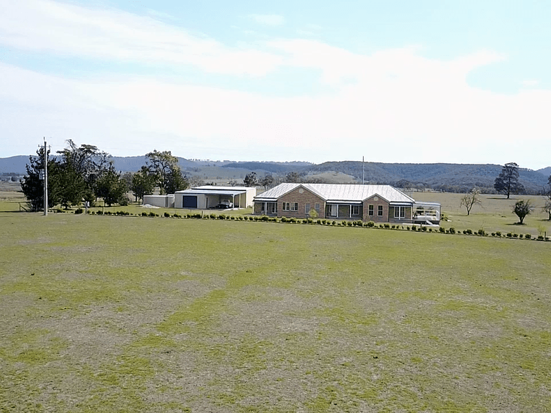 2 Russells Rd, Capertee Via, Lithgow, NSW 2790