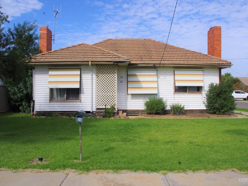 35 Pinnuck Street, Numurkah, Vic 3636