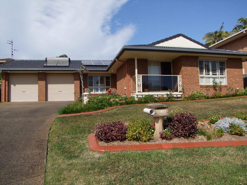 6 Spindrift Row, Port Macquarie