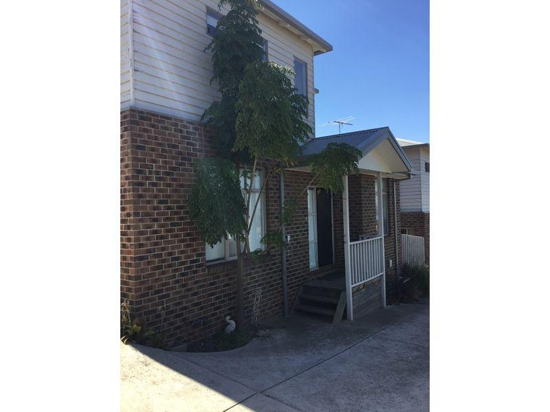 2/9 Ross Street, Darley, Vic 3340