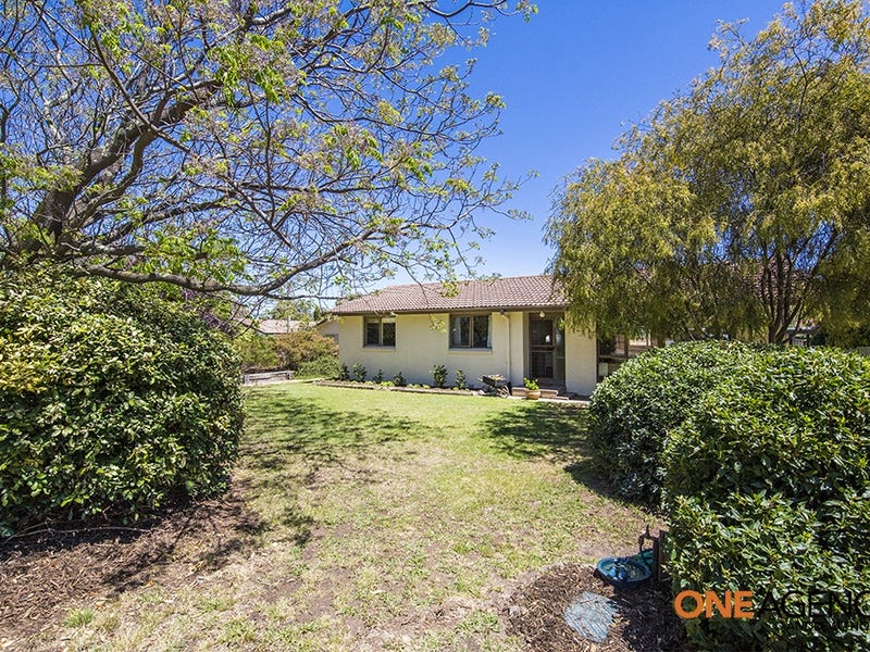 4 Hector Place, Kambah, ACT 2902