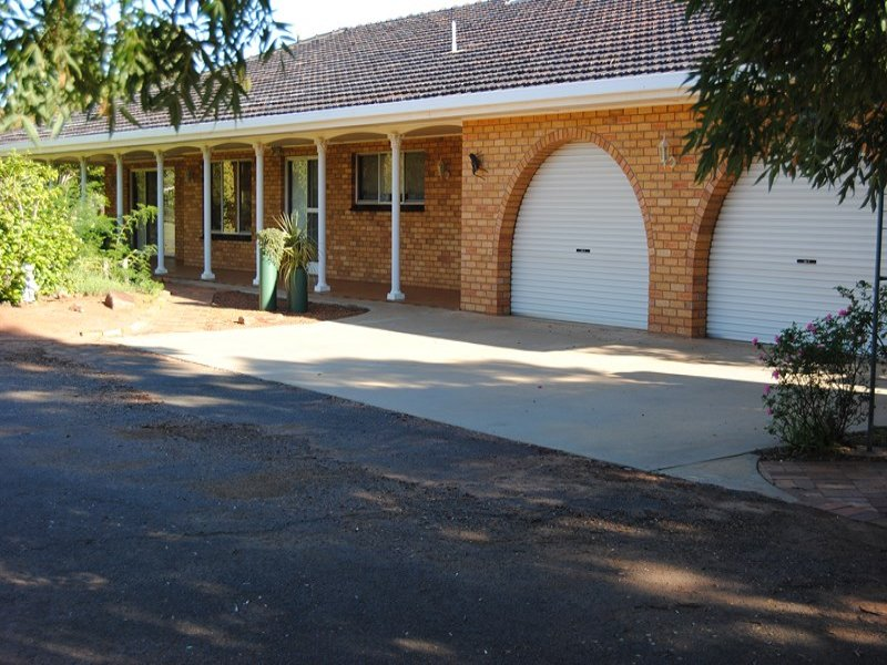 Lowan Street, Goolgowi, NSW 2652