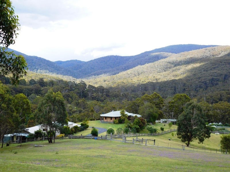 1697 Big Jack Mountain Road, Rocky Hall, NSW 2550