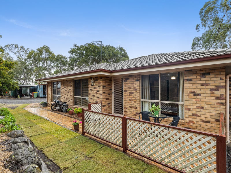 5 Arcane Drive, Gowrie Junction, Qld 4352