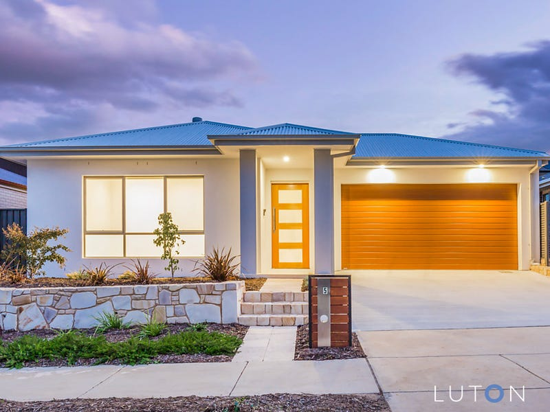 5 Philip Hodgins Street, Wright, ACT 2611