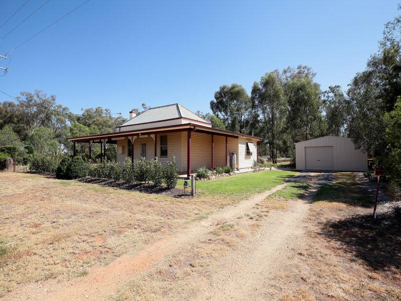 7 Elbe Street, Milbrulong, NSW 2656