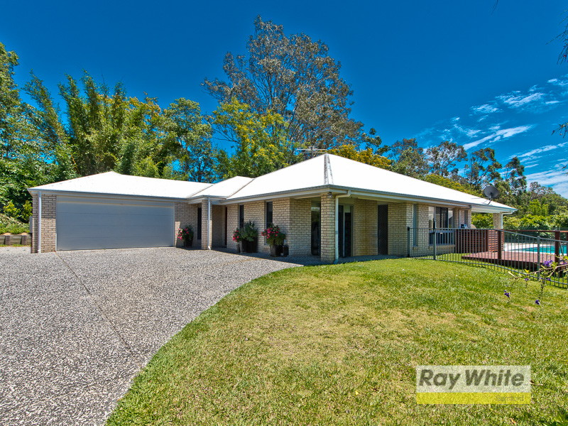22 Chalmers Court, Samford Village, Qld 4520