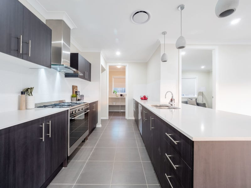 18 Lovegrass Avenue, Denham Court, NSW 2565