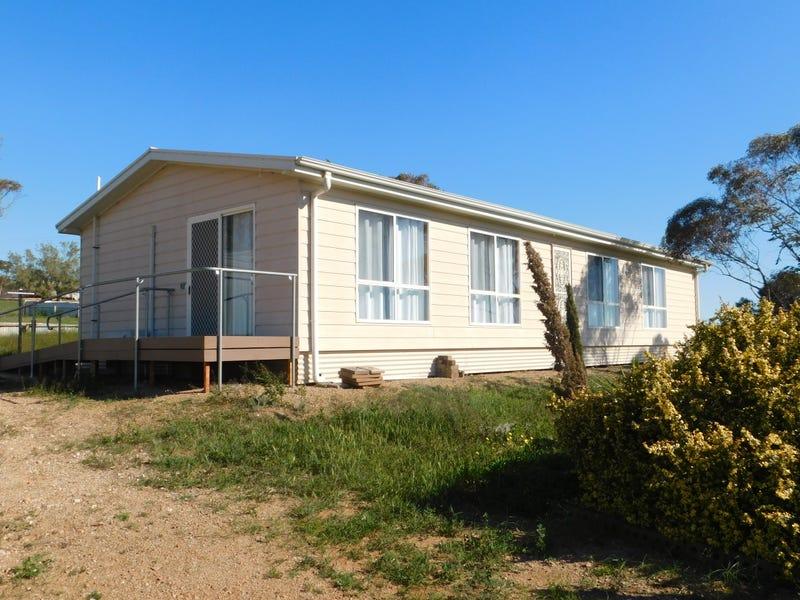 60-64 North Flinders Esplenade, Weeroona Island, SA 5495