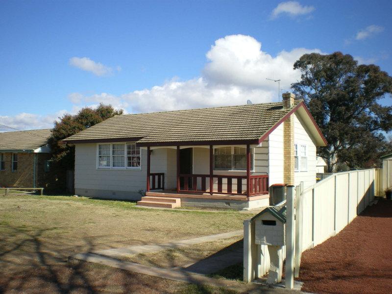 34 RENSHAW STREET, Goulburn, NSW 2580