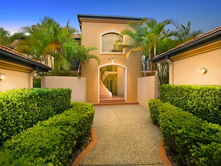 117 'MEADOW PEAK' 85 Palm Meadows Drive, Carrara, Qld 4211