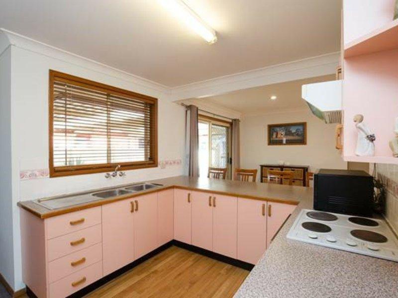 10 Chisholm Court, Raymond Terrace, NSW 2324