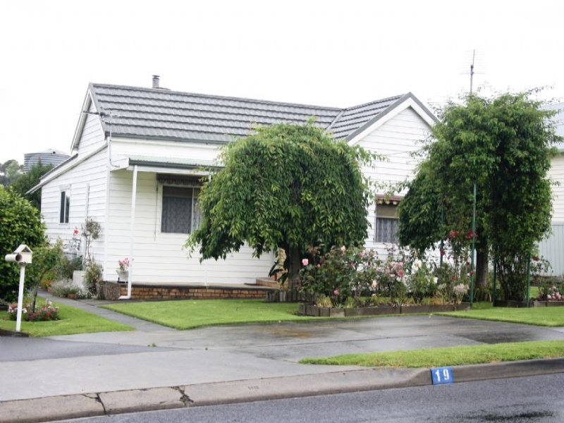 19 CLARENCE STREET, Loch, Vic 3945