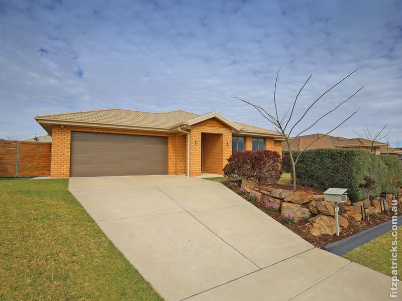 54 Boree Avenue, Forest Hill, NSW 2651