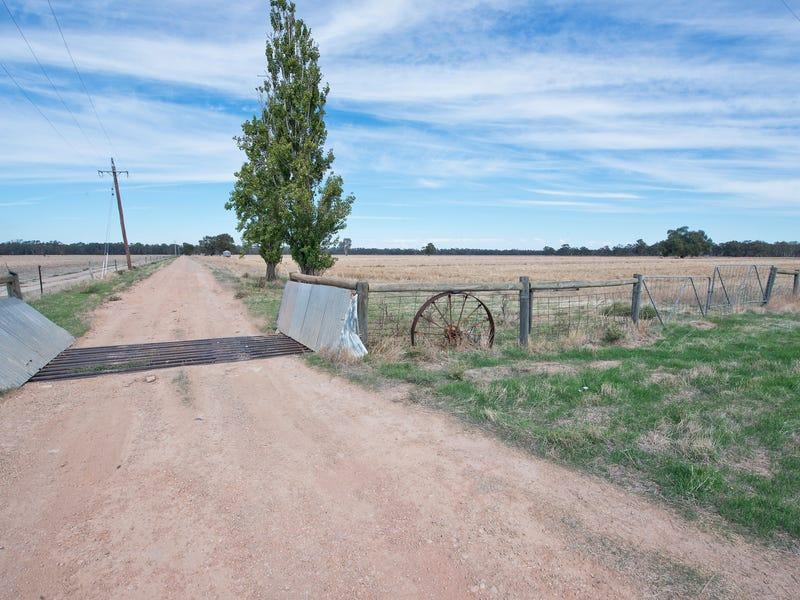 298 Pickering Lane, Speewa, NSW 2735