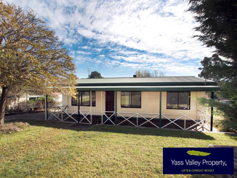 11 Monteagle Street, Binalong, NSW 2584