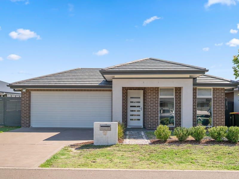 19 Apple Street, Fern Bay, NSW 2295