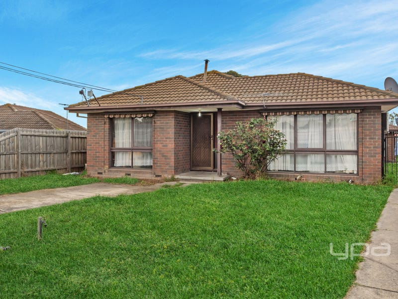 1/4 Munro Court, Meadow Heights, Vic 3048