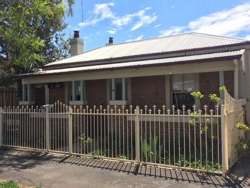 11 Dora Street, Orange, NSW 2800