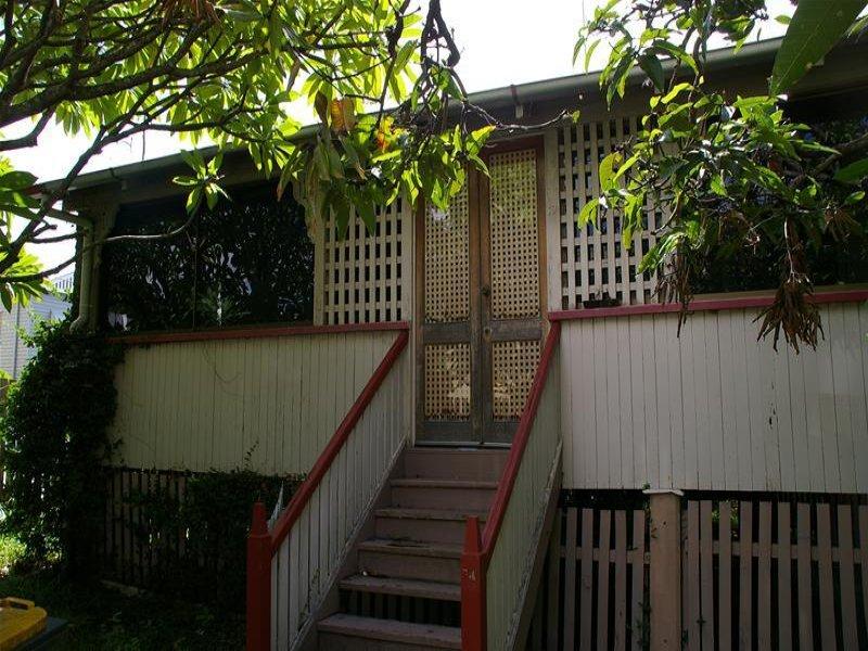 19 Heussler Terrace, Milton, Qld 4064