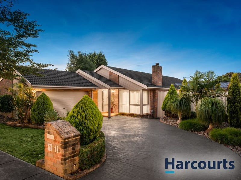 11 Paperbark Place, Knoxfield, Vic 3180