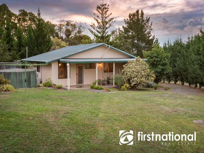 340 Huxtable Rd, Pakenham Upper, Vic 3810