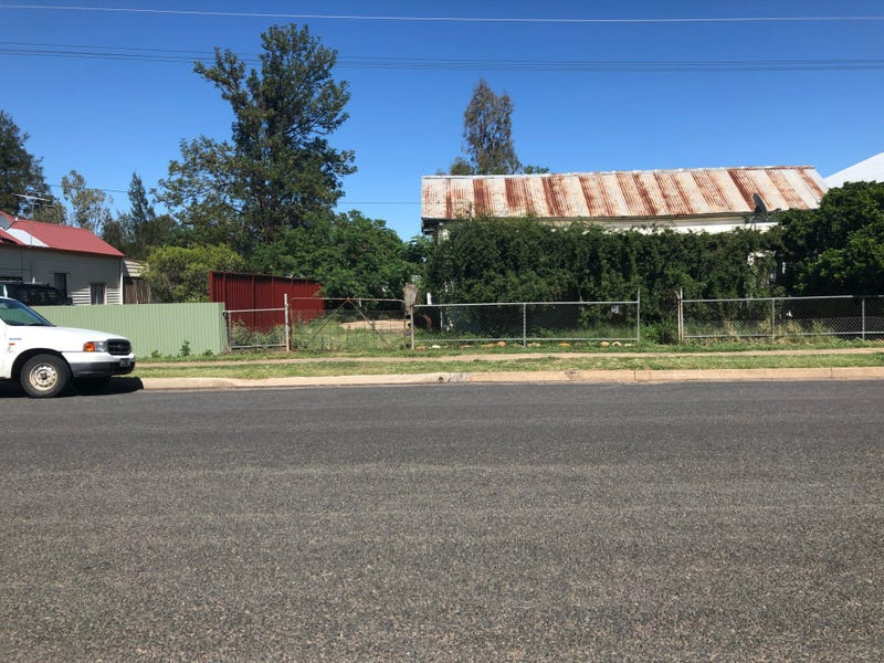 18 Coonamble Street, Gulargambone, NSW 2828