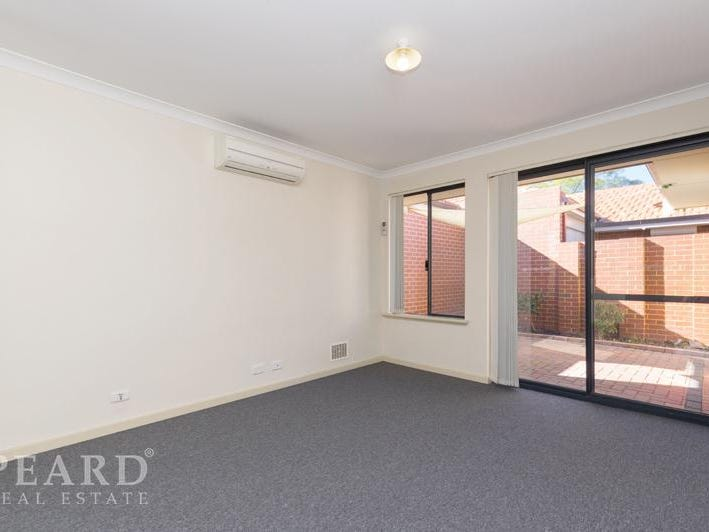 4A Derrington Crescent, Balga, WA 6061