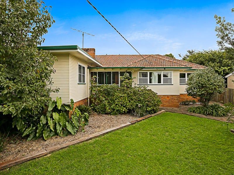 17 Ipswich Street, East Toowoomba, Qld 4350