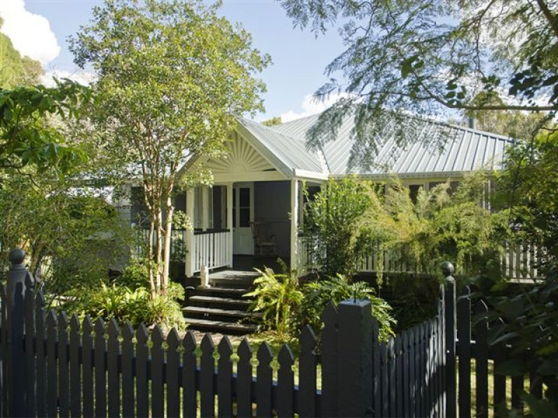 122 Balmoral Road, Montville, Qld 4560