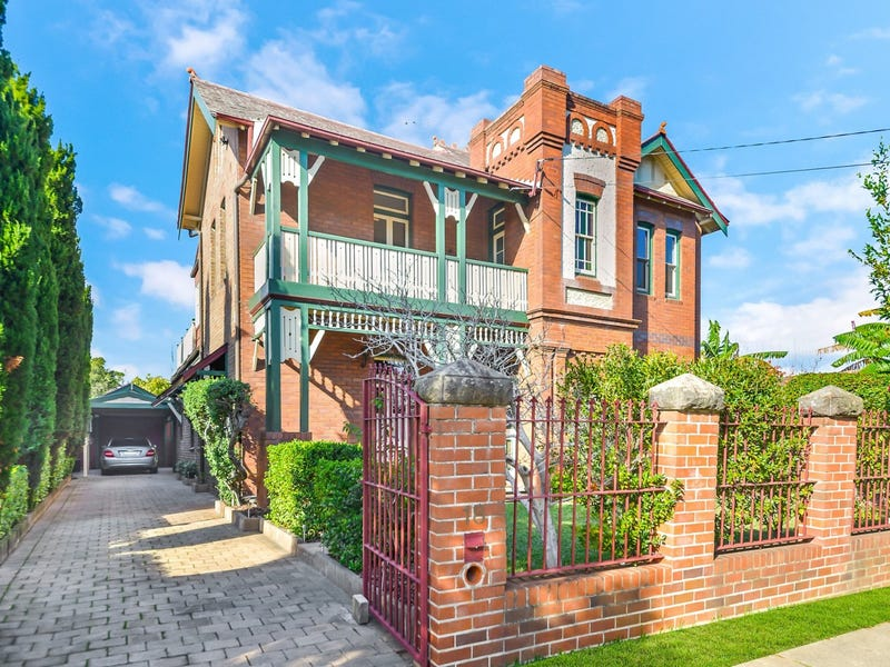 18 Gordon Street, Burwood, NSW 2134