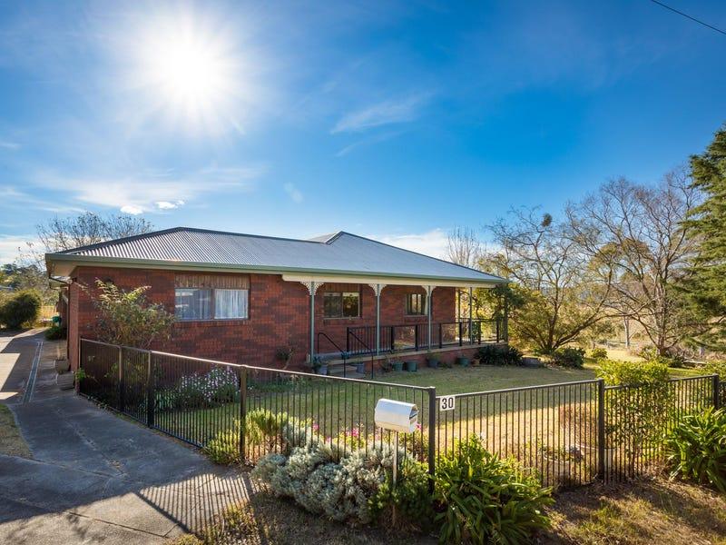 30 Narrawa Place, Bega, NSW 2550