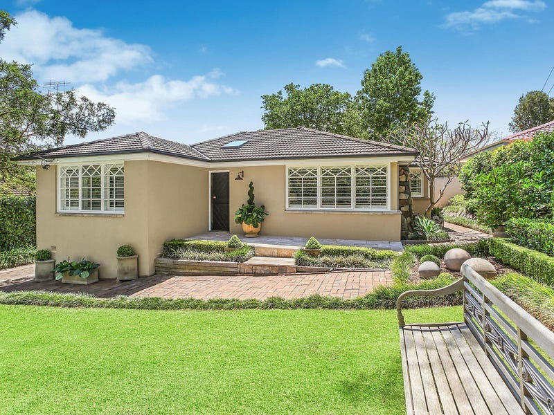 79 Kitchener Street, St Ives, NSW 2075